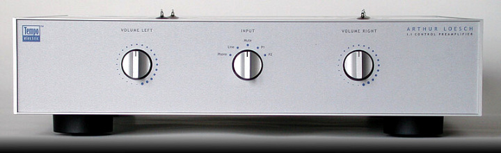 1.1 Control Preamplifier Front